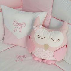 Owl pillow... www.pudradecor.com