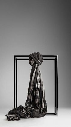 Check Linen Silk Crinkled Scarf | Burberry