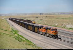 RailPictures.Net Photo: BNSF 5816 BNSF Railway GE ES44AC at Bill, Wyoming by Steve Barry / www.railroadphotographer.com