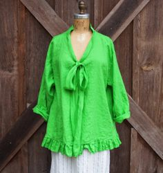 linen top flare design in kelly green