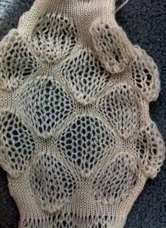 Experimental knit sample with bubble textures using contrasting stitches; knitwear design // Alessandrina #textiles