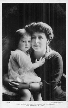 Anitique Photo of Maria Crown Pricess of Romania and Pricess Ileana Real Photo Post Card Michael I Of Romania, Romanian Royal Family, Queen Victoria Family, Central And Eastern Europe, Royal Brides, Fat Women, Antique Photos, Royal Fashion, My Princess