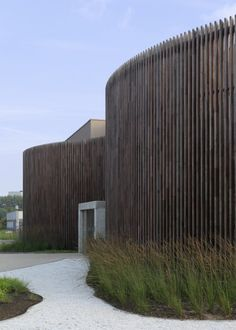 Instituut Verbeeten, Breda (NL) on Architecture Served Innovative Architecture, Modern Architecture Design, Amazing Architecture, Landscape Architecture, Interior Architecture, Landscape Design, Garden Design, Timber Screens, Timber Cladding