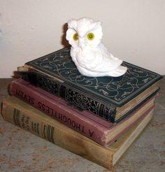 Vintage White Owl Alabaster Owl Figurine Norleans by TheBackShak