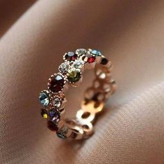 Love the simplicity and the way these gemstones are delicately placed.