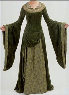 Eowyn's Green Velvet Gown.  Yes, I do love this & would figure out a place to wear it - maybe to my future Celtic wedding? lol