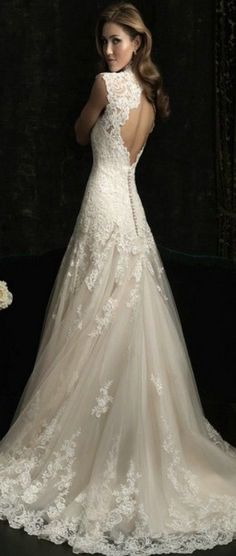8 Great Tips For Picking The Perfect Wedding Dress. When little girls use their mathematics classes fantasizing of weddings, what do they dream of first? The perfect bridal gown, naturally: a dress in white 2015 Wedding Dresses, Wedding Attire, Bridal Dresses, Wedding Gowns, Lace Wedding, Elegant Wedding, Wedding Wishes, Dream Dress, The Dress