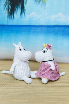 Ravelry: Moomin™ pattern by Irene Strange Crochet Toys Patterns, Amigurumi Patterns, Stuffed Toys Patterns, Crochet Cross, Cute Crochet, Knit Crochet, Knooking, Woolen Craft, Baby Barbie