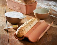 Bandeja de terracota para hornear barras de pan
