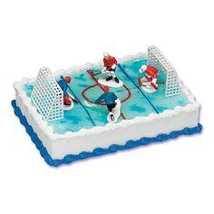 Hockey Birthday Cake, Hockey Birthday Parties, Hockey Party, Birthday Favors, Birthday Cupcakes, Boy Birthday, Birthday Ideas, Sports Party, Hockey Cupcakes