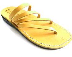 uk availability d63db ed7a6 Nouvelles sandales en cuir faites main pour Hommes Femmes Tongs Claquettes  Concepteur de chaussures colorées bibliques type Jésus sur Etsy