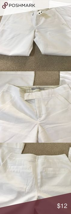 White wide leg pants NWOT old navy White wide leg mid rise pants size 12 Old Navy Pants Wide Leg