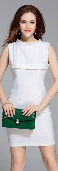 White Sleeveless Pockets Sheath Dress