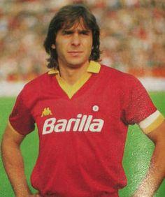 I capitani dell'A.S.Roma Football Stickers, Football Cards, Football Soccer, Football Players, As Roma, Vintage Photos, Milan, Polo Ralph Lauren, Sport