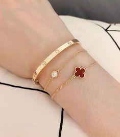 30 Beautiful Bracelet Ideas For women - Page 22 of 30 - MyOwnJewelry - Jewelry Designs & Ideas Cartier Armband, Cartier Bracelet, Cartier Jewelry, Cartier Love Bangle, Jewelery, Sapphire Jewelry, Diamond Jewellery, Love Bracelets, Bangle Bracelets