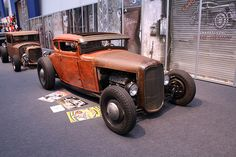 1930 ford Hot Rod w.'32 grille Classic Hot Rod, Classic Cars, Traditional Hot Rod, Hot Rides, Automotive Art, Street Rods, Hot Cars, Custom Cars, Old School