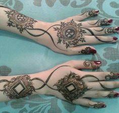 henna antique