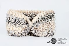 Free Moonlight Ear Warmer Crochet Pattern & Tutorial. Keep your ears warm all winter with this crochet headband by Rescued Paw Designs. Click to Read or Pin and Save for Later!