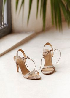 14 meilleures images du tableau Chaussures temoins   Advanced Style ... 9af174209f13