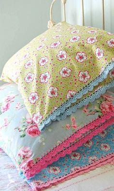 Vintage pillowcases with a crocheted edge. I am going to make one of these as soon as possible! Must find a pattern for cute edging!