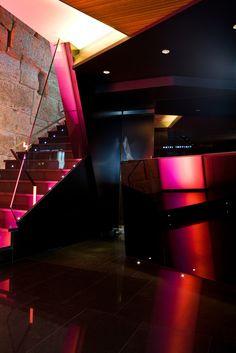 Detalle recepción y escalera principal