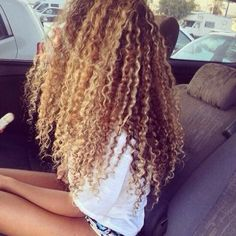 I want hair like this!!!!!!!!!!!!!!!!!!! It would be hard to maintain but I love IT! I also love the color!!!!!!