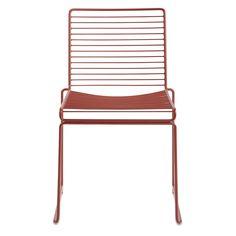 Hee Dining fra Hay. En stilren stol som fungerer utmerket som matstol. Filosofien bak Hee-stolen er ...