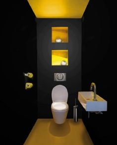 Black toilet a decorative color for the toilet - Black & Yellow. Yellow to wake black toilet too dark - Black Toilet, Small Toilet, Modern Toilet, Modern Minimalist Bedroom, Minimalist Interior, Minimalist Decor, Minimalist Kitchen, Minimalist Bathroom, Minimalist Living