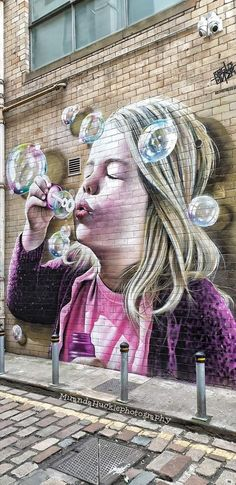 Street Art Baking is the cooking of food by dry heat in a closed oven. Street Wall Art, Urban Street Art, Murals Street Art, Art Mural, Street Art Graffiti, Amazing Street Art, Amazing Art, Street Installation, Building Art