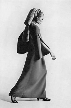 1966 purple crepe dress by Christian Dior