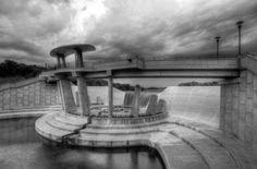 Lake Lenexa dam, Kansas, US by  Clay Swatzell on 500px