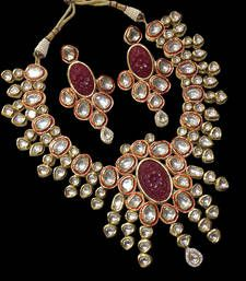 Kundan real look exclusive set