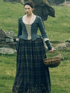 How to make a kilt jacobite women pinterest arisaid outlander claire ep209 fandeluxe Images