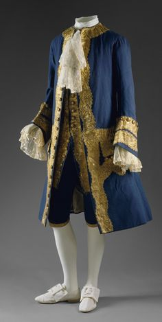 French Revolution Fashion | Aristocratic finery typical in Europe prior to the French Revolution.