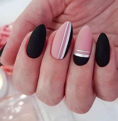 50 Trendy Stunning Manicure Ideas For Short Acrylic Nails These trendy Nail Designs ideas would gain you amazing compliments. Check out our gallery for more ideas these are trendy this year. Square Nail Designs, Black Nail Designs, Short Nail Designs, Cute Acrylic Nails, Cute Nails, My Nails, Grow Nails, Stylish Nails, Trendy Nails