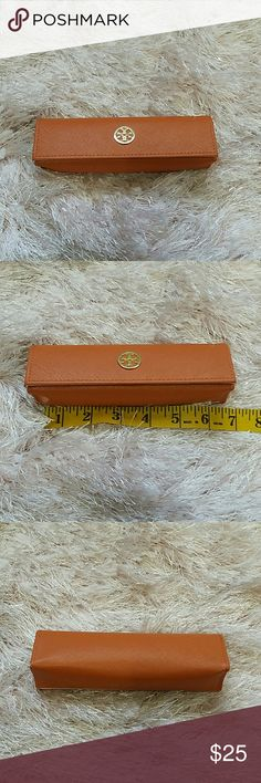 Tory Burch Sunglasses Case Orange Gently Used glasses or sunglasses case by Tory Burch. Signs of use, slight scuffing on logo as pictured Tory Burch Accessories Sunglasses