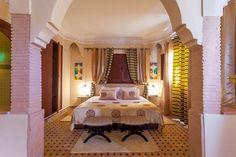 Sjekk ut dette utrolige stedet på Airbnb: EXPERT-BEST Apart  in Marrakesh i Marrakesh Marrakesh, Bed, Room, Furniture, Home Decor, Bedroom, Decoration Home, Stream Bed, Room Decor
