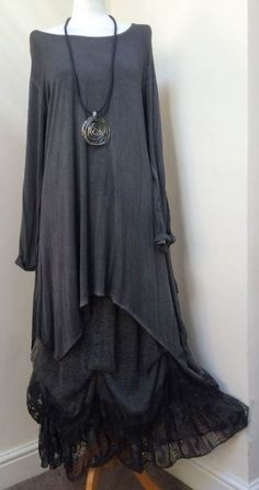 Skirt by sarah santos & matching tunic-top lagenlook quikry over nwt Fashion Moda, Look Fashion, Girl Fashion, Womens Fashion, Boho Outfits, Fashion Outfits, New Dress, Lace Dress, Lace Gowns