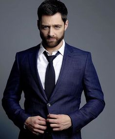Fashion&Style | Outlander: 5 Things You Didn't Know About New Roger Wakefield Actor Richard Rankin
