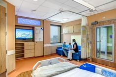 Inpatient rooms were designed to appeal to both the adult and pediatric patients. Photo: Courtesy of GBBN Architects and JH Photography Inc.
