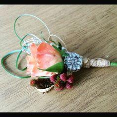 Designer buttonhole