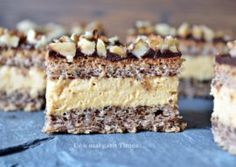 Prajitura cu nuca si mousse de caramel Sweets Recipes, Just Desserts, Delicious Desserts, Cake Recipes, Cooking Recipes, Romanian Desserts, Homemade Sweets, Sweets Cake, Mousse