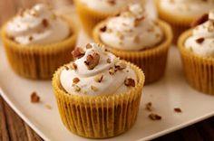 Easy Hummingbird Cake Cupcakes