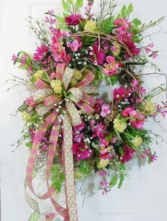 Sell beautiful wreaths like this one on ETSY.  Learn how to sell ALL handmade items on ETSY!  http://www.LadybugWreaths.com/etsy