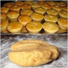 INGREDIENTES 3 xícaras (chá) de farinha de trigo 1 xícara (chá) de manteiga ou margarina 2 ovos (um para pincelar) 1 colher (sopa) de fermento químico em pó 1/2 xícara (chá) de leite 1 colher (chá) de sal COMO FAZER 1 – Em uma tigela, coloque a farinha de trigo, faça uma covinha no meio… Portuguese Recipes, Food Inspiration, Love Food, Appetizer Recipes, Tapas, Food Porn, Food And Drink, Cooking Recipes, Favorite Recipes