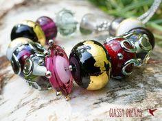Violett & Schwarz & Gold ★ 14er Set handgearbeitet von Glassy Dreams auf DaWanda.com