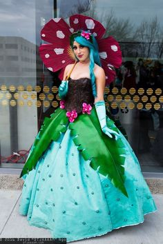 Awesome and creative cosplays of Pokemon. Found in anime geek conventionד worldwide. Cute Cosplay, Cosplay Dress, Amazing Cosplay, Cosplay Outfits, Halloween Cosplay, Best Cosplay, Cosplay Costumes, Halloween Costumes, 50s Costume