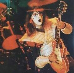 Ace Frehley, Revolutionaries, Demons, Storage, Classic, Painting, Kiss Rock Bands, Rock Bands, Purse Storage