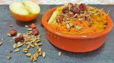 Ein einfaches und zugleich super schnelles Rezept mit Hokkaido Kürbis, Möhren und Äpfeln. ✓super sättigend ✓ als Zwischenmahlzeit geeignet ❤