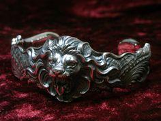 Guardia lion bracelet